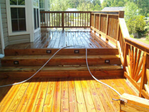 How Much Does It Cost To Refinish a Deck