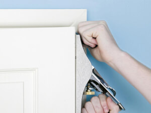 How Much Does It Cost To Repair a Door