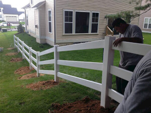 How Much Does Vinyl Fence Installation Cost