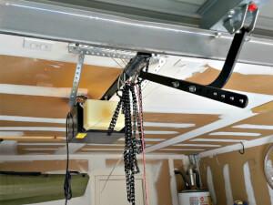 How Much Does It Cost To Repair a Garage Door Open