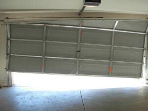 How Much Does Garage Door Repair Cost