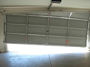 How Much Does Garage Door Repair Cost