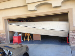 How Much Does It Cost To Replace a Garage Door