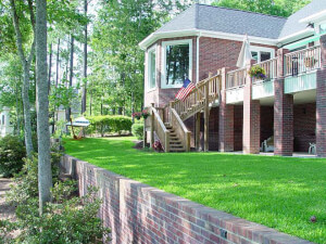 How Much Does a Retaining Wall Cost