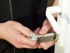 How Much Does a Locksmith Cost