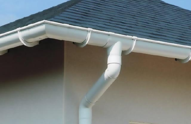 Cost To Install Pvc Gutters Estimates Prices Amp Contractors